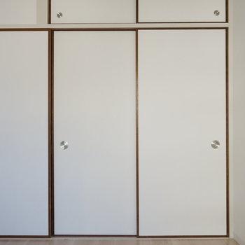 6.1帖洋室:ふすまの名残※写真は反転間取り別部屋のものです。