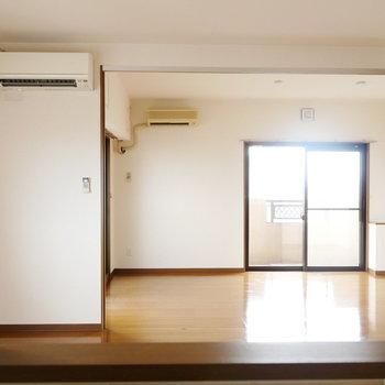 キッチンから洋室まで見渡せます