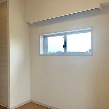 角部屋窓2つ◎※写真は6階の同間取り別部屋のものです。