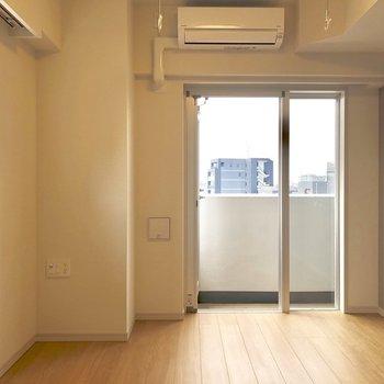 陽当り良好、眺望よし!※写真は6階の同間取り別部屋のものです。