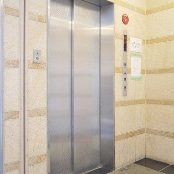 エレベーター付き!当たり前か。。。※写真は8階の別部屋です