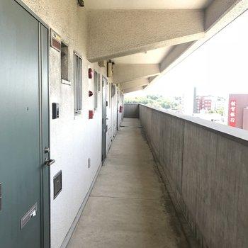 外廊下です