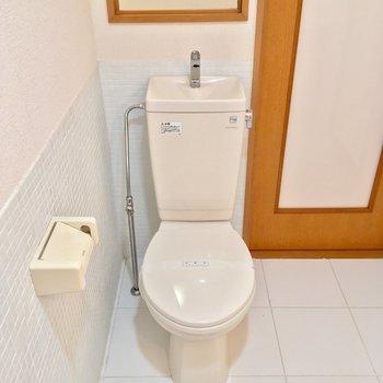 トイレはウォシュレット付きではありませんが、いい清潔感!