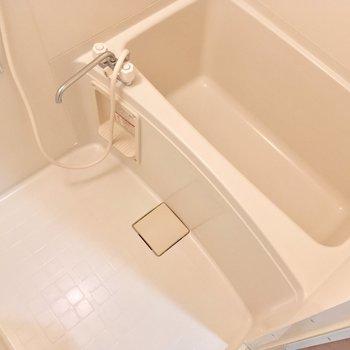 バスルームも、シンプルで使いやすそう
