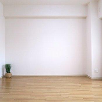 部屋①シンプルなデザインで広さも十分