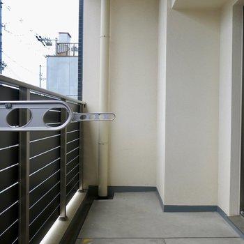 角部屋ですよ※写真は反転間取り別部屋のものです。