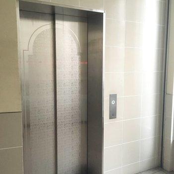 エレベーターの中も綺麗でした