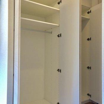 大容量のクローゼットです。※写真は2階の同間取り別部屋のものです。