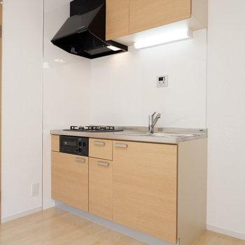キッチンはしっかり機能面備わってるものを設置!