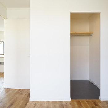 【イメージ】右の空間は・・・※写真は別部屋同間取りの写真になります。