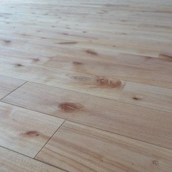 無垢床で気持ちよく。