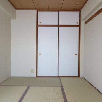 ほっと落ち着く和室