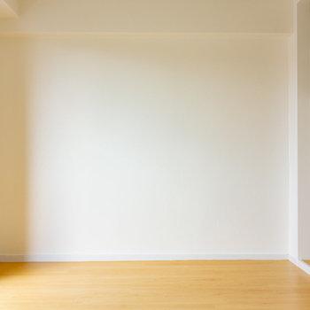 このシンプルさが潔くて良いな。※写真は3階の同間取り別部屋のものです