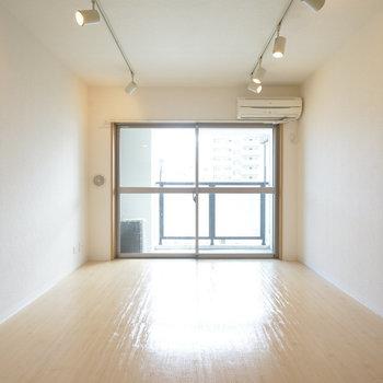 8.3帖のゆったりしたワンルーム!※写真は5階の同じ間取りの別部屋です。