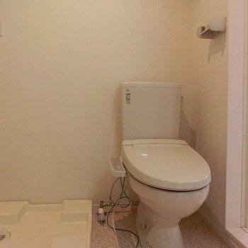 脱衣所におトイレ。※写真は前回募集時のものです。