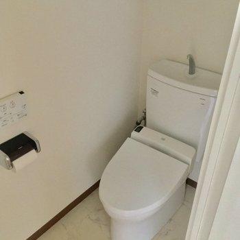 トイレもこちらに!※2階別部屋反転似た間取りです。