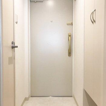 玄関はこんな感じ※写真は別部屋です