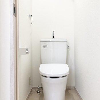 トイレは個室♩