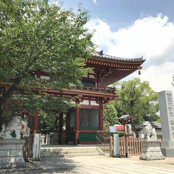 穏やかな雰囲気の目黒不動尊 瀧泉寺