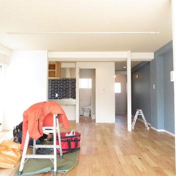 とても広くて開放感があります。※写真は工事中のものとなっております ※写真は2階の同間取りのお部屋です。