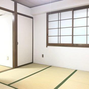 和室は2間続きに。襖を外して使うのも良さげ。