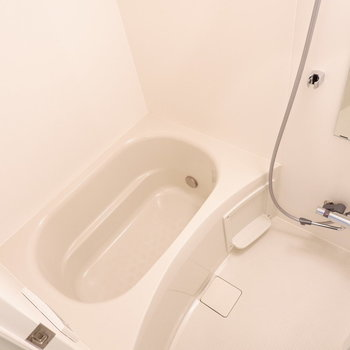 1人暮らしにはちょうどいいお風呂。