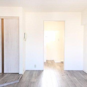 窓側から※写真は9階の同じ間取りの別部屋