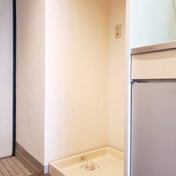 洗濯機置場はキッチン横にあるのも意外に便利かも◎