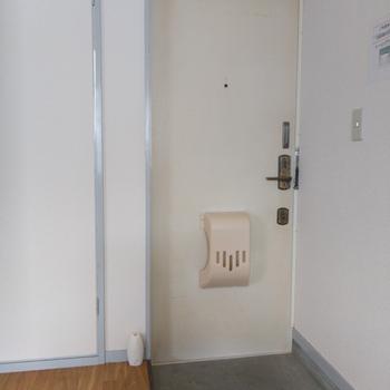 玄関入ってすぐに癒やしの空間が広がります