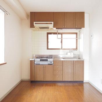 【工事前】キッチンに窓があるの嬉しいな〜