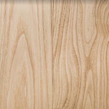 【イメージ】重厚感のあるヤマグリ材を使用
