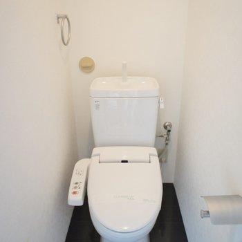 トイレはシンプルに。。