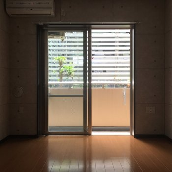 一見普通の部屋なんです。※写真は1階別部屋反転似た間取りです。