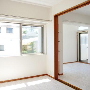2面採光の明るいお部屋です。 ※4階同間取りの別部屋の写真です