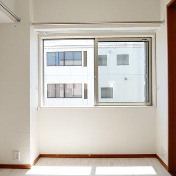 内装はリノベで綺麗なお部屋! ※4階同間取りの別部屋の写真です
