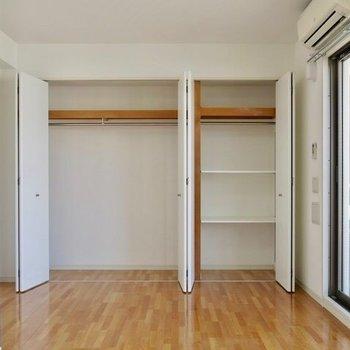 収納もこんなにたっぷり。※写真は9階の反転間取り別部屋のものです。