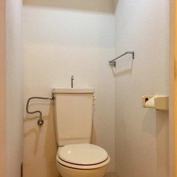 トイレもシンプルです。