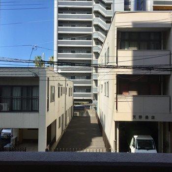 眺望はマンションですが、近所は穏やかな町。