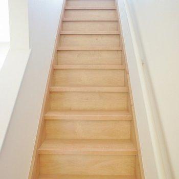 素敵な階段をあがって