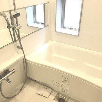 広い浴室って贅沢〜。※写真は別室です