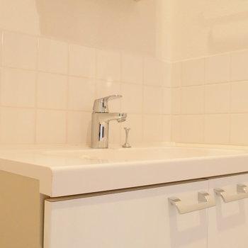 洗面台も素敵。 ※別部屋同タイプのものです