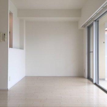 こちらも真っ白!※写真は別室です。
