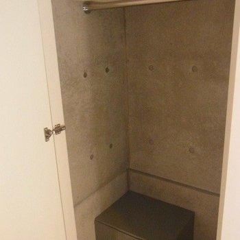 唯一の収納スペースです。※2階別部屋同間取りの写真です。