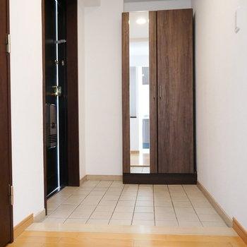 玄関もスペース広め