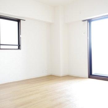 洋室は10帖と広いです!
