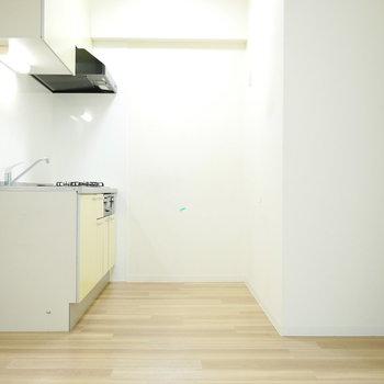キッチンはこちら側にすっぽり