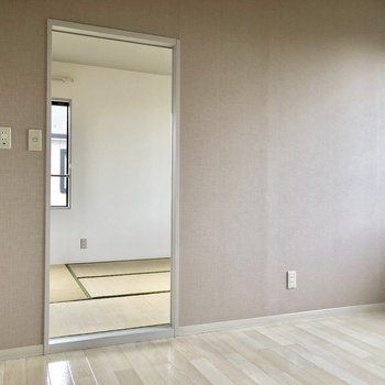 【DK】和室に繋がってます。※写真は通電前のものです