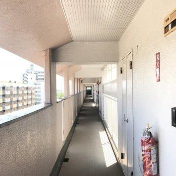 外廊下!ここからの眺めも良い