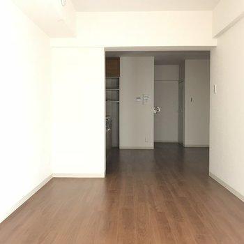 反対のアングルから※2階の同じ間取りの別部屋の写真