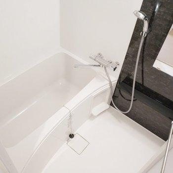 新築ならではのピカピカお風呂!嬉しいなぁ。